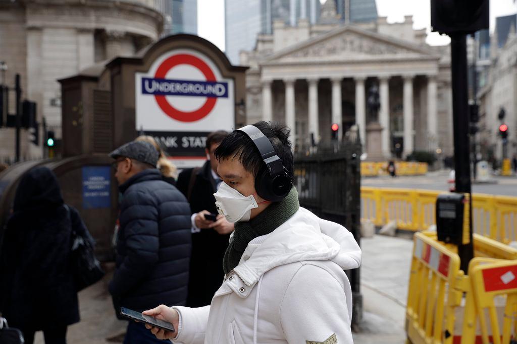 Epidemia koronawirusa - ulice Londynu