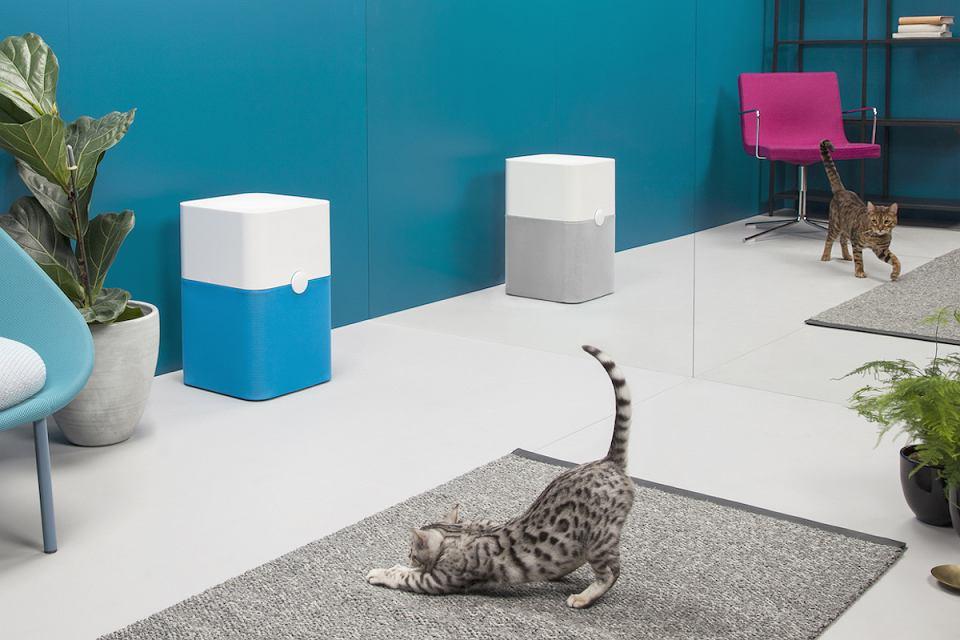 Kolorowe oczyszczacze powietrza Blueair, które wykorzystują technologię filtracji HEPASilent.