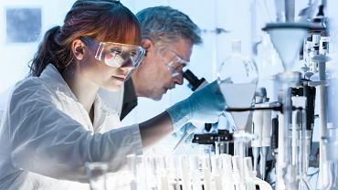 Wytypowano grupę leków przeciwwirusowych, które są skuteczne w połączeniu remdesivirem