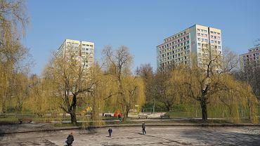 Koronawirus w Polsce - zakazy przemieszczania się i przebywania w miejscach publicznych.