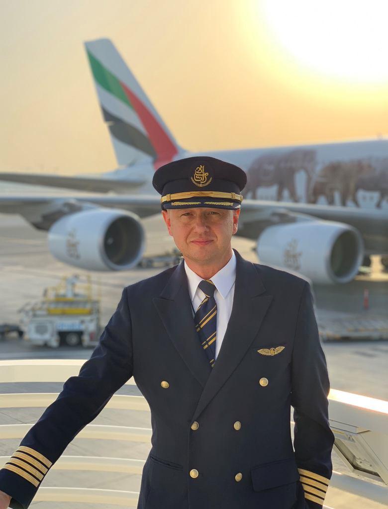 Kapitan Tomasz Lubaczewski pracuje w liniach lotniczych Emirates, gdzie lata największymi samolotami pasażerskimi na świecie