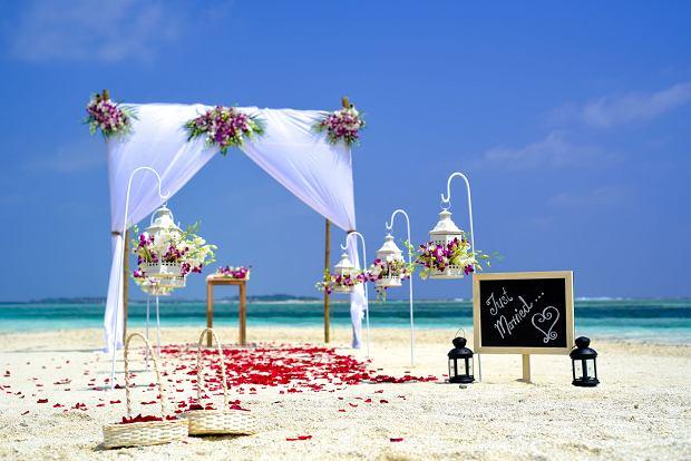 Nikt nie dotarł na wesele? A zaproszenia kiedy wysłałeś?