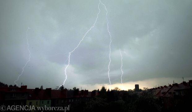 Zdjęcie numer 0 w galerii - Wiosenna burza nad Wrocławiem. Grzmiało [ZDJĘCIA]