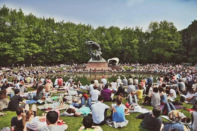 Koncerty Chopinowskie przyciągają rzesze melomanów