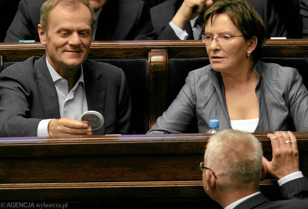 Marszałek Ewa Kopacz i Donald Tusk w ławach sejmowych