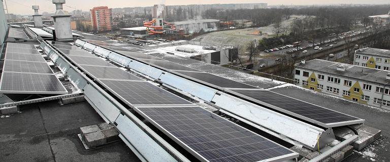 Zmienili wieżowce w elektrownię słoneczną i nie martwią się o ceny prądu