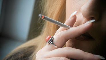 Zakaz palenia na balkonach? 'Dym dostawał się do wnętrza mojego mieszkania'
