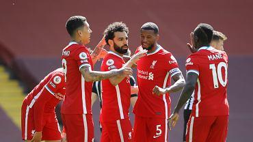 Sześć goli w hicie Premier League! United rozbite na Old Trafford
