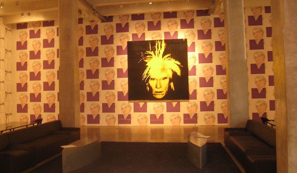 Zniszczyła prace Andy'ego Warhola