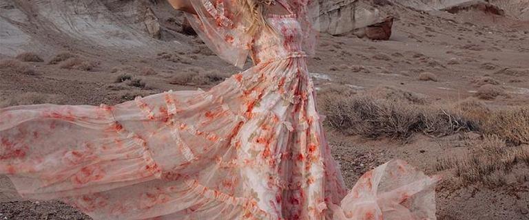 Sukienki na wesele teraz kupisz nawet 75% taniej! Wybieramy najładniejsze modele