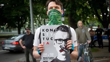 Protesty w obronie sędziego Igora Tulei