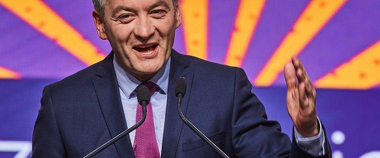 Biedroń deklarował rezygnację z mandatu.
