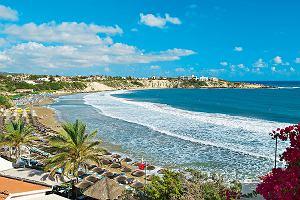 Słońce, palmy i lazurowa woda! Spędź wakacje marzeń na Cyprze, Costa del Sol lub Kos - oferty kuszą!