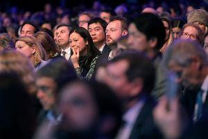Forum Ekonomiczne w Davos. Inwestorzy cieszą się z rozgrzanej gospodarki, ekonomiści ostrzegają przed kryzysem
