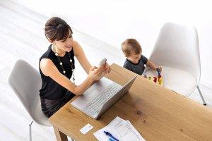 Powrót do pracy po urlopie macierzyńskim - jak wygląda?