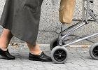 Prezenty dla emerytów od PiS. Większa ochrona przed komornikiem i coroczny dodatek dla emerytów