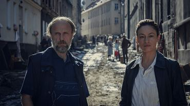 Łukasz Silmat i Magdalena Różdżka w z serialu 'Rojst'97' dostępnego na platformie Netflix