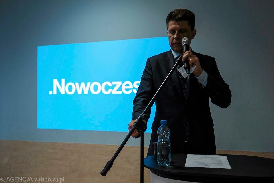 Ryszard Petru podczas spotkania z mieszkańcami Rzeszowa. 1 marca 2017