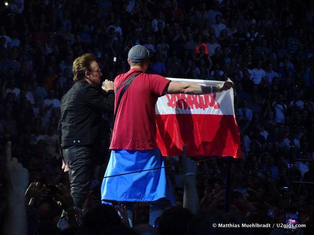 Wczoraj wszystkie polskie media pisały o słowach, jakie wypowiedział Bono podczas koncertu w Amsterdamie. Na swoim Facebooku, w typowy dla siebie sposób, postanowiła je skomentować Krystyna Pawłowicz.