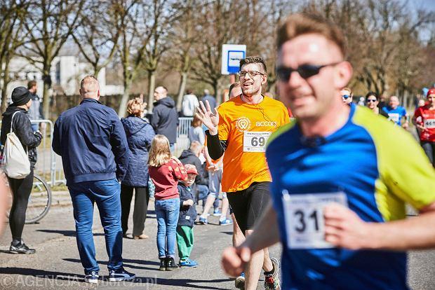 Zdjęcie numer 8 w galerii - Otwarcie sezonu biegowego w Łodzi.