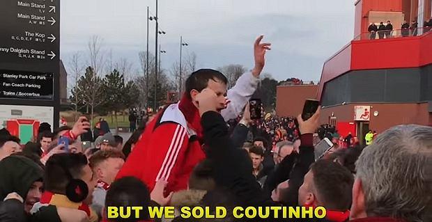 Kibice Liverpool stworzyli piosenkę na cześć Mohameda Salaha i Sadio Mane