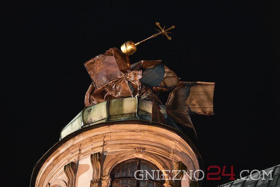 Piorun uderzył w katedrę w Gnieźnie