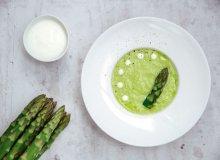 Jogurtowy chłodnik z zielonych szparagów - ugotuj