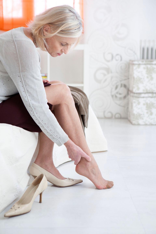 Uczucie Ciężkich Nóg Może Być Objawem Niewydolności żylnej