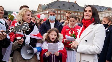 Swiatłana Cichanouska podczas demonstracji wsparcia dla białoruskiej opozycji w Kopenhadze, 23 października
