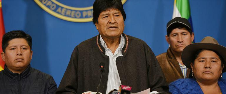Meksyk oferuje azyl prezydentowi Boliwii. Zrezygnował po masowych protestach