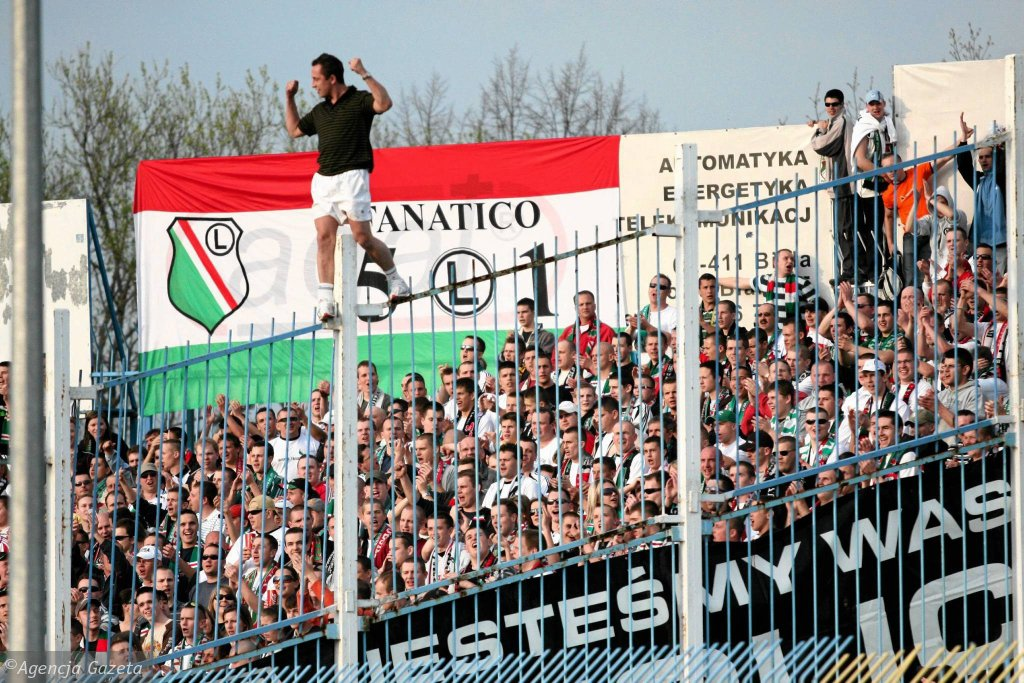 Rok 2007. Mecz Wisły Płock z warszawską Legią