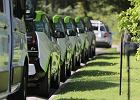 Plan Brukseli: za dekadę 30 mln aut na prąd na drogach Europy
