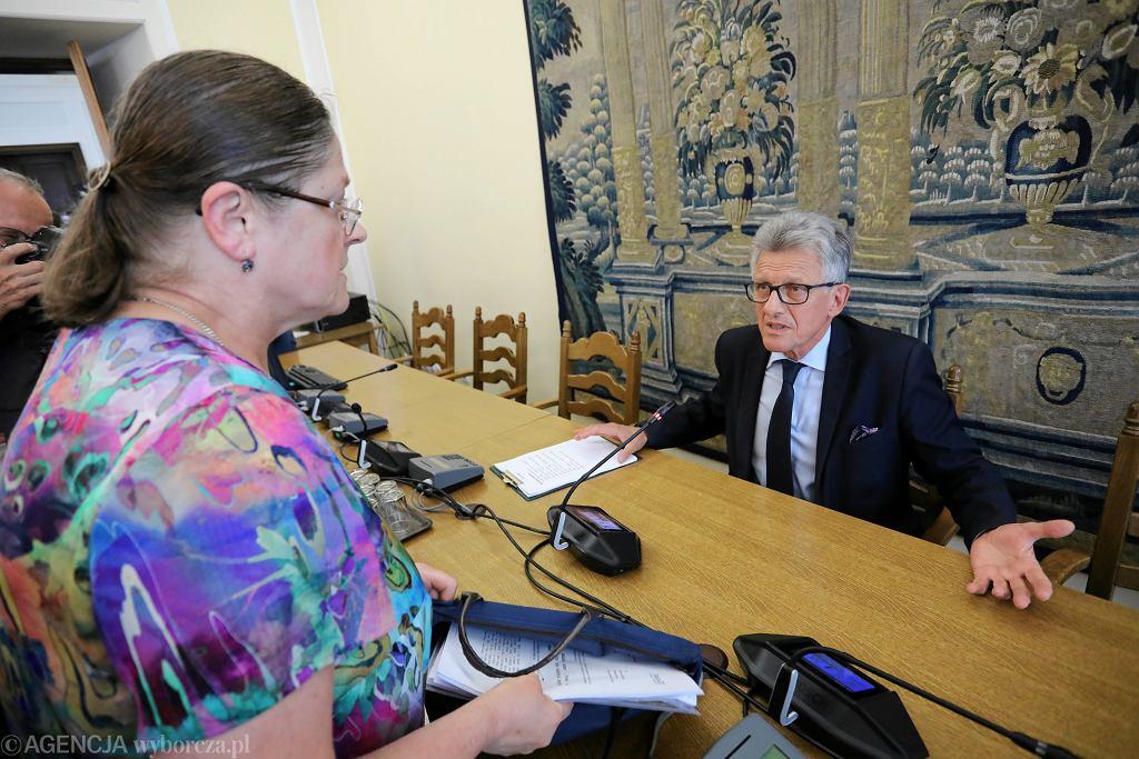 Były komunistyczny prokurator, obecnie 'twarz' pisowskich zmian w sądownictwie Stanisław Piotrowicz podczas posiedzenia Komisji Sprawiedliwości i Praw Człowieka. Warszawa, 19 lipca 2018