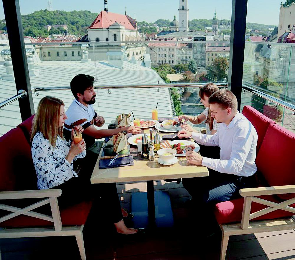 Taras hotelu Grand we Lwowie
