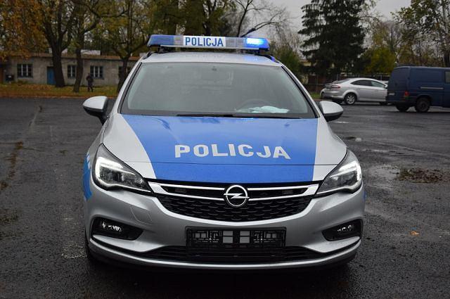 Policyjny Opel Astra