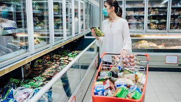 Koronawirus a zakupy. Jak bezpiecznie  to robić?