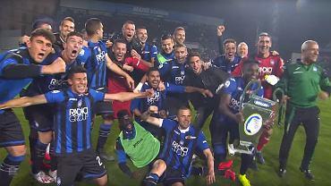 Piłkarze Atalanty cieszą się z awansu do Ligi Mistrzów