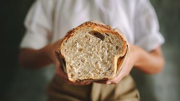 Chleb z piekarni