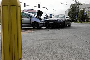 Konsekwencje rozbicia samochodu na abonament