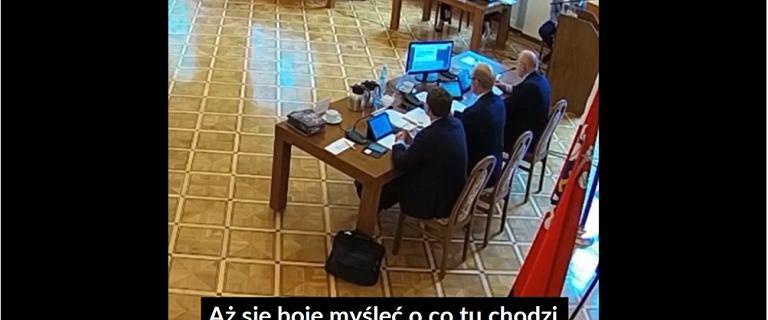 """""""Ideologia zboczeństwa"""". Debata radnych ws. stref """"wolnych od LGBT"""""""