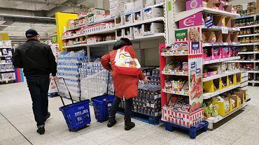 Sin comercio.  ¿Es el comercio el domingo?  ¿Las tiendas abren el 6 de junio?  (Imagen ilustrativa)