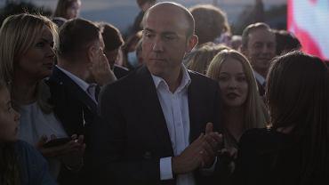 Wybory prezydenckie 2020. Borys Budka (przewodniczący PO) podczas wieczoru wyborczego Rafała Trzaskowskiego