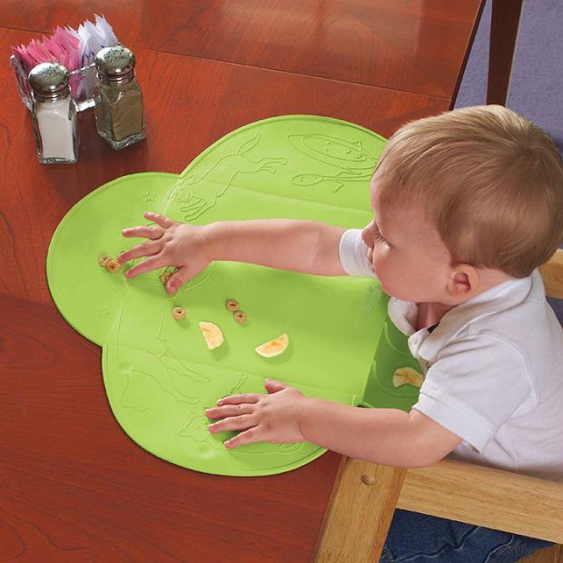 Pierwsze samodzielne posiłki dziecka to wyzwanie dla całej rodziny