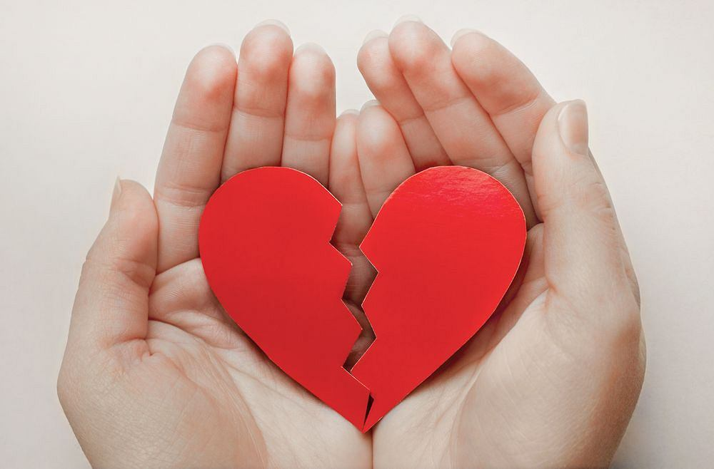Wiele osób po rozstaniu uważa, że ma złamane serce. Zespół złamanego serca (takotsubo) najczęściej daje objawy kardiologiczne.