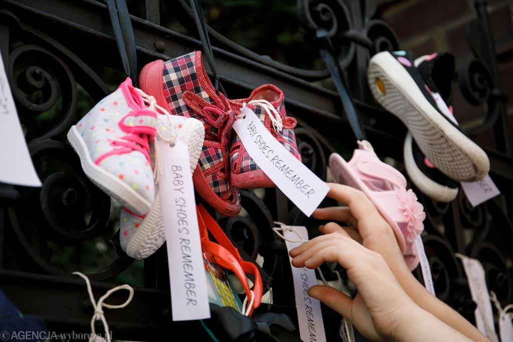 Akcja 'Baby Shoes Remember' w Poznaniu