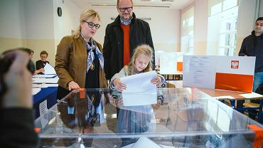 Październik 2018, prezydent Gdańska Paweł Adamowicz wraz z zona Magdalena i córką Teresą.