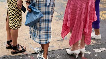 Klasyczne spódnice damskie