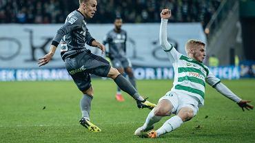 Lechia Gdańsk - Legia Warszawa 0:0. Z prawej Tomasz Makowski, obok Paweł Stolarski