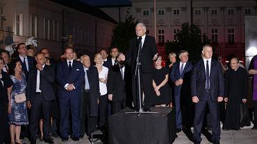 Jarosław Kaczyński podczas 88 Miesięcznicy Smoleńskiej