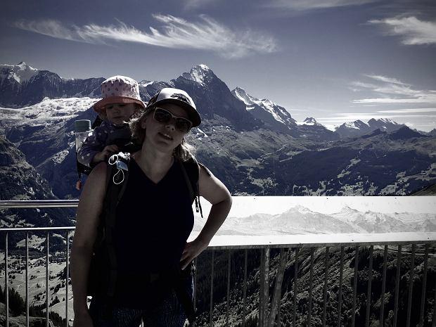 Kamila, mama, która mieszka w Szwajcarii